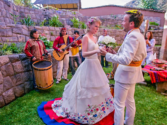 ANDEAN MARRIAGE 1 DAY